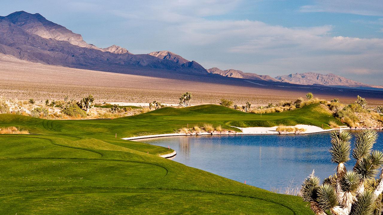 Sun Mountain no overseed at Las Vegas Paiute Golf Resort.