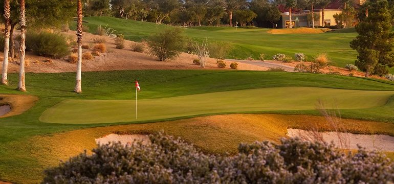 Par 3 17th hole at Siena Golf Club in Las Vegas, Nevada